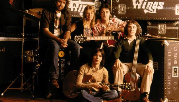 McCartney, al frente de los Wings.