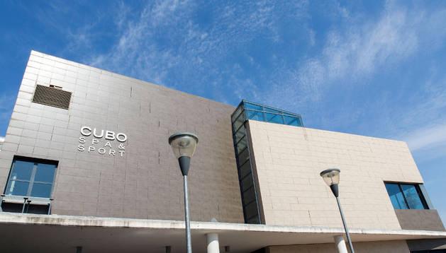 Vista del Cubo Spa de Huarte, cerrado al público.