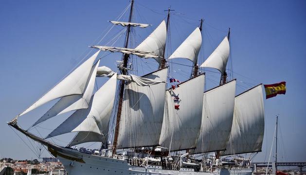 El buque escuela Juan Sebastián Elcano