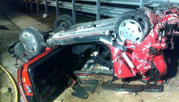 Estado en el que quedó el vehículo accidentado en Izco