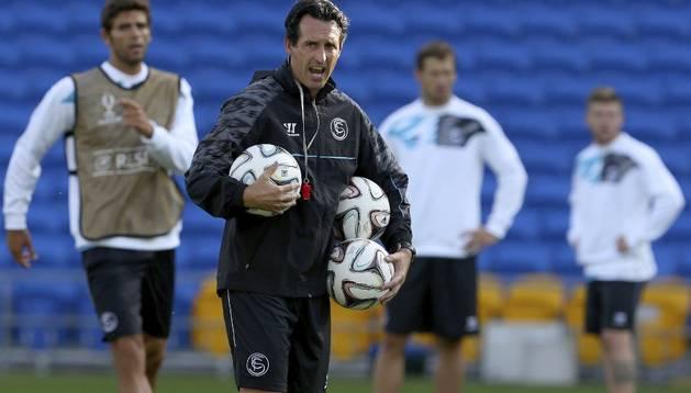 Unai Emery, durante el entrenamiento del Sevilla