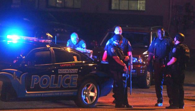 La policía se despliega en Ferguson a causa de los disturbios