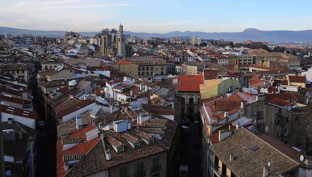 Vista parcial del Casco Antiguo de Pamplona, desde lo alto de la Catedral.