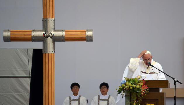 El papa Francisco, durante la misa de clausura de la VI Jornada de la Juventud de Asia