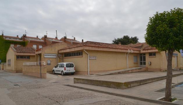 El edificio del antiguo centro de salud se reformará en dos estancias independientes, biblioteca y comisaría.