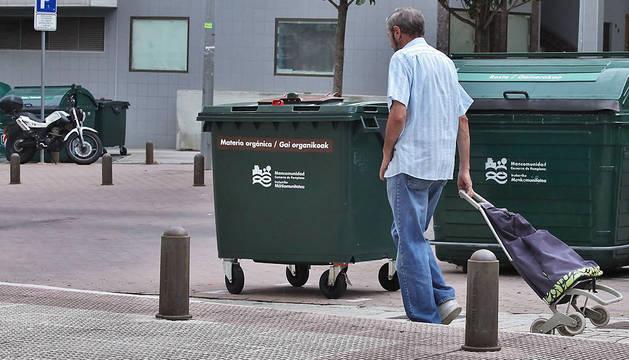 El quinto contenedor, con franja marrón y para materia orgánica, se implantó en Barañáin en noviembre de 2013, con 78 puntos de recogida