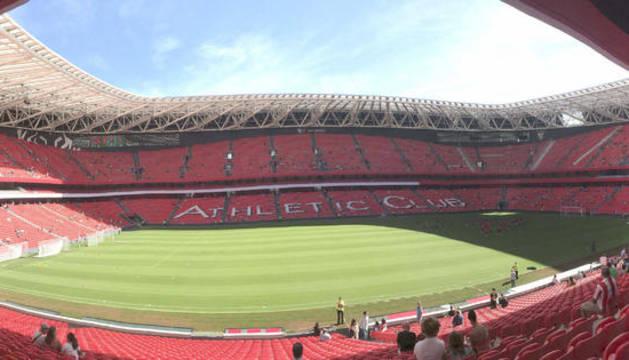 Entrenamiento del Athletic en el nuevo San Mamés