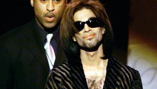 Una imagen de cantante Prince.