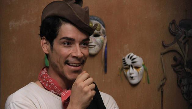 El actor catalán Óscar Jaenada interpretando el papel del actor mexicano 'Cantinflas'.