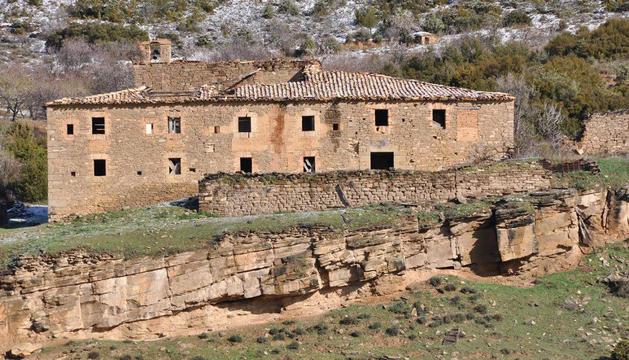 Vistas exteriores del oratorio de la ermita de San Bartolomé.