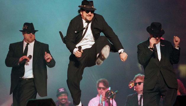 The Blues Brothers, en una actuación de 2009.