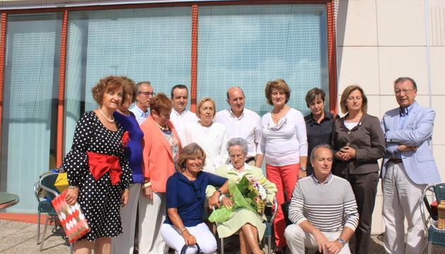 María Platero Etayo, junto a su familia.