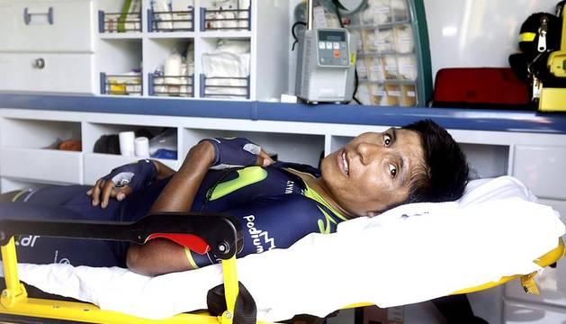 Nairo Quintana se vuelve a caer en la etapa de Pamplona y abandona la Vuelta a España.