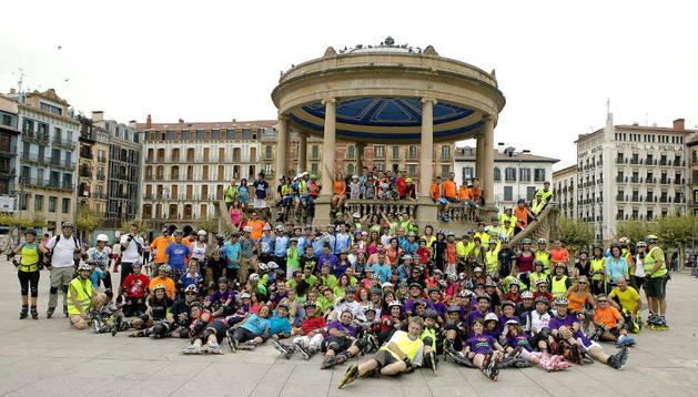 230 participantes en la quedada de patinadores