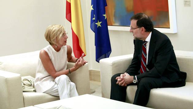 Rosa Díez y Mariano Rajoy, reunidos en la Moncloa