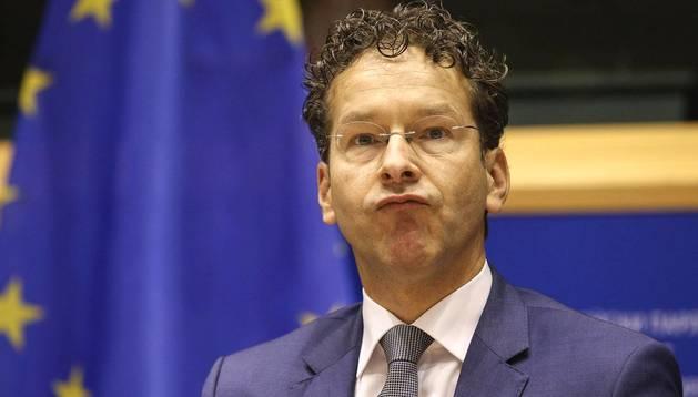 El presidente del Eurogrupo, Jeroen Dijsselbloem, comparece ante la Comisión de Asuntos Económicos y Monetarios de la Eurocámara en Bruselas