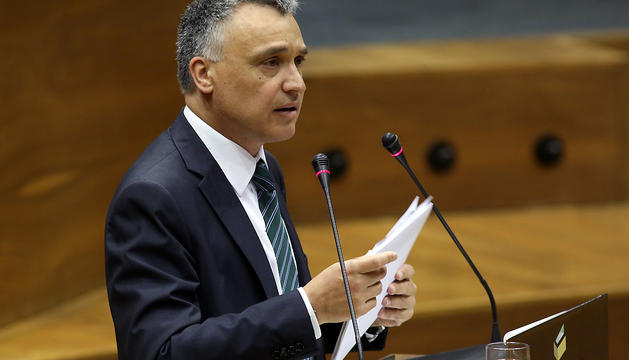 El Defensor del Pueblo, en el Parlamento