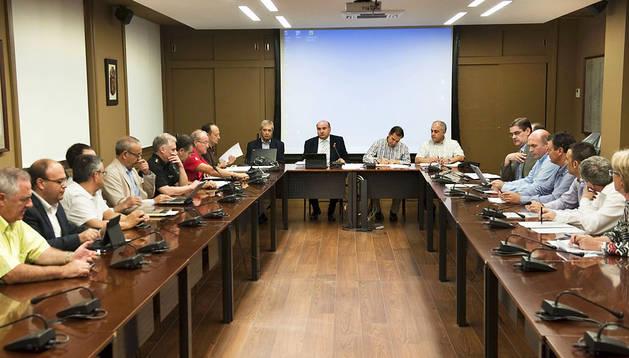 Un momento de la reunión de la Comisión de Protección Civil