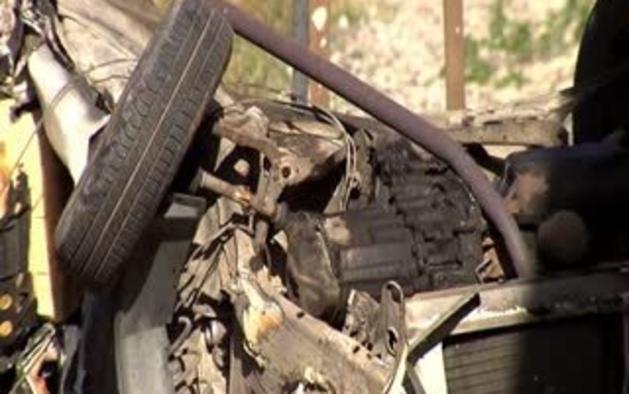 Dos fallecidos al ser arrollado su coche por un tren en Berriozar