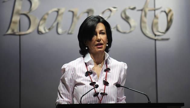 Imagen de entero de 2009 de Ana Patricia Botín, durante una junta del Banco Banesto