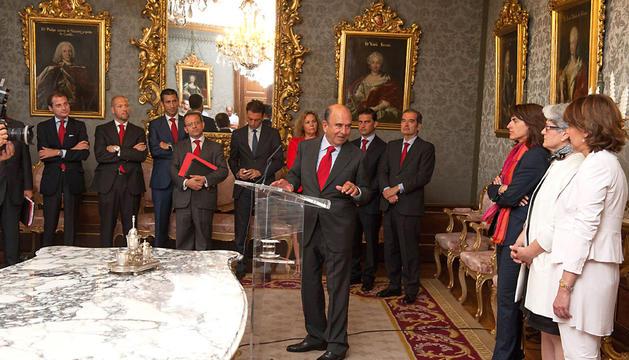 Botín, en el Palacio de Navarra en la firma de un acuerdo entre el Gobierno foral y el Banco Santander en junio de 2012