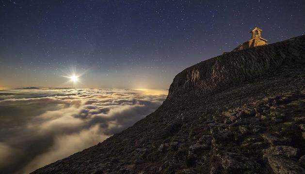 Fotografía ganadora de la edición de 2013, 'San Donato mira a las estrellas'.