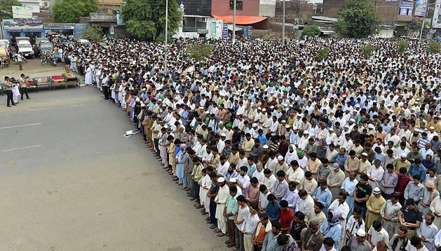 Funeral por los fallecidos en Pakistán