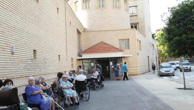 Entrada a la residencia de la Misericordia de Tudela