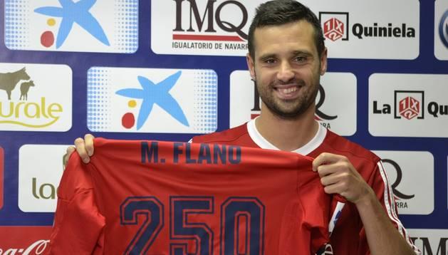 Miguel Flaño, con la camiseta de los 250 partidos