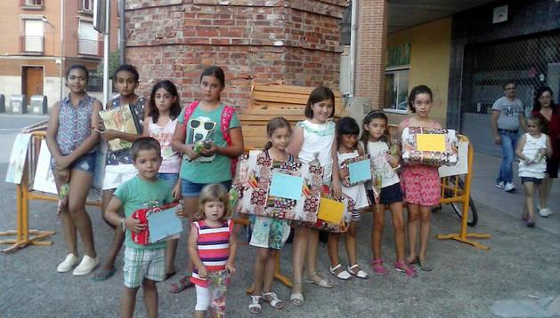Participantes en el concurso de pintura de San Adrián.