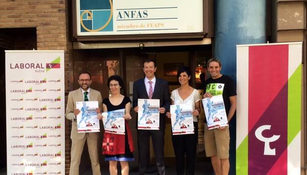 Presentación de la Carrera Solidaria Navarra en la sede de Anfas