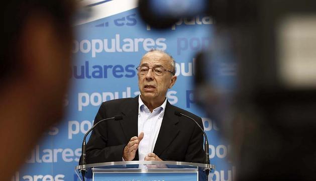 José Cruz Pérez Lapazarán.