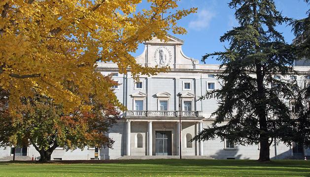 Edificio central del campus de la Universidad de Navarra