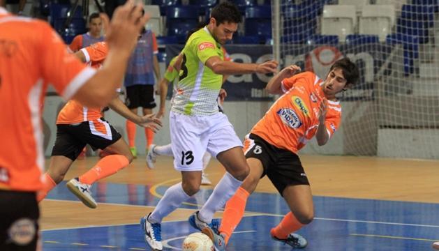 Imagen del partido entre el Aspil-Vidal Navarra y el Palma Futsal en Mallorca