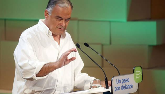 Esteban González Pons durante la clausura del Foro Nacional de Nuevas Generaciones