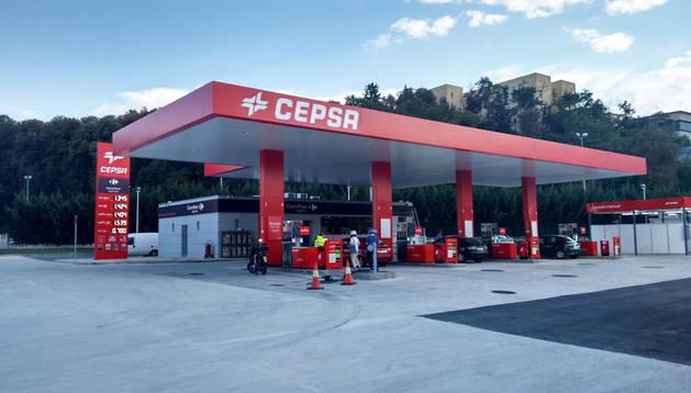 Vista general de la nueva gasolinera de Discosa