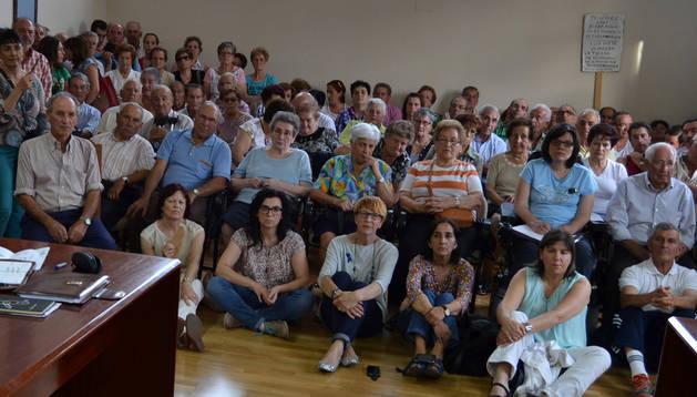 Propietarios del Regadío de Lerín en un pleno celebrado en junio.