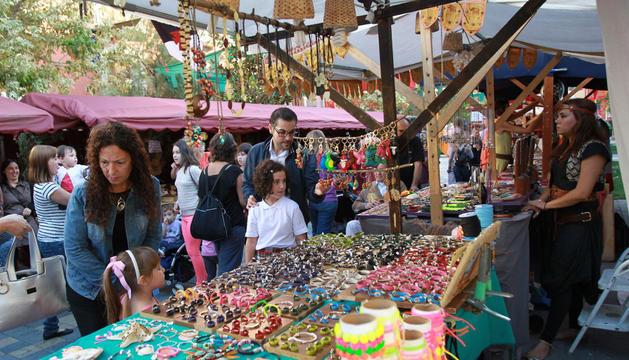 Imagen de uno de los puestos de venta del mercado medieval celebrado en Tudela el año pasado