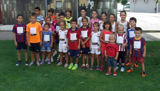 Participantes en el cross San Miguel de la localidad ribera de Cadreita, que tuvo carácter local