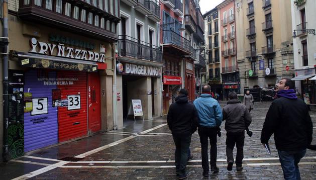 Local del Iruñazarra, en el número 15 de la calle Mercaderes, que será un nuevo restaurante.