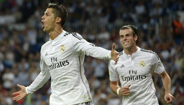 Cristiano celebra uno de sus goles contra el Elche