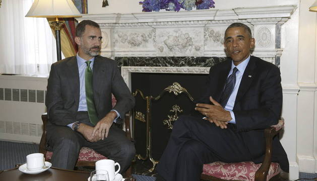 El rey Felipe VI durante la reunión que ha mantenido con el presidente de Estados Unidos, Barack Obama
