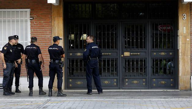 La Policía registra ante el presunto pederasta una vivienda vacía