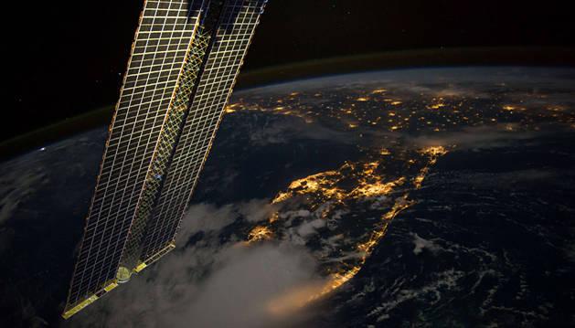 Hallan rastros de plancton en la cubierta de la ISS