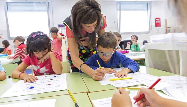 El colegio de la comarca de Pamplona, protagonista del 'Cole a cole' del Diario Escolar del martes 30 se septiembre de 2014.