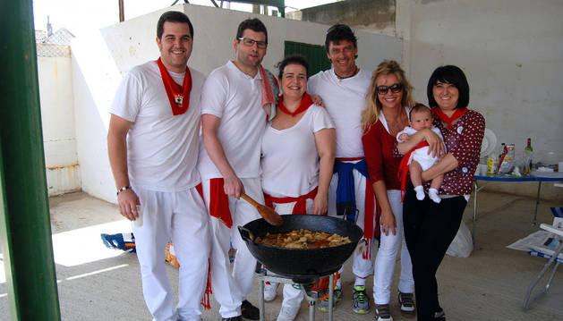 La cuadrilla de Los Coceros gana el concurso de calderillos