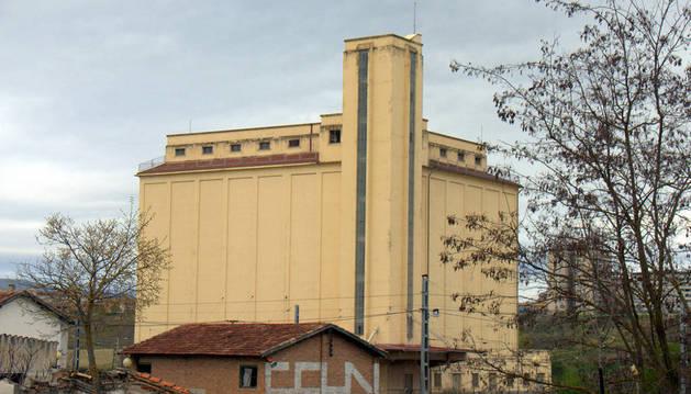 Viviendas de diseño en el viejo silo