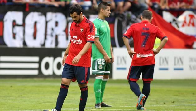 Osasuna olvida virtudes y repite errores para perder con el Racing (0-2)