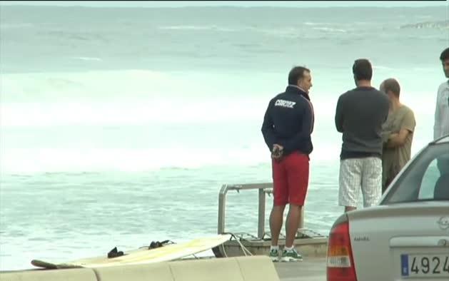 Mueren ahogados dos surfistas en Zarautz