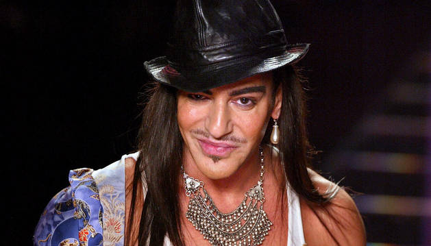 John Galliano regresa a la moda como director creativo